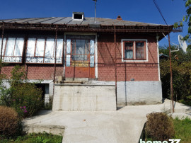 Casa si teren in comuna batrani, prahova Central