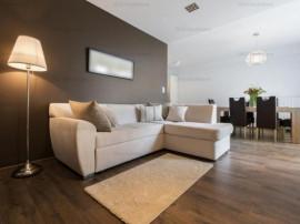 Apartament cu 3 camere, LUX-Centru