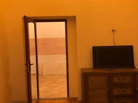 Inchiriez apartament 3 camere zona Ultracentrala - 16245
