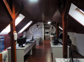 Spațiu de birouri central cu 6 camere