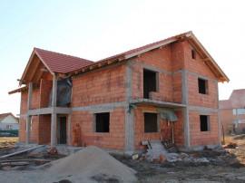 Duplex 149mp proprietate pretabila pentru locuit, 0% comi...