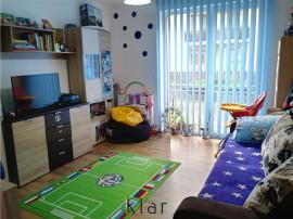 Pret redus! Apartament 3 camere, zona Centrala, Floresti!