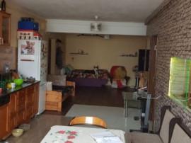 Apartament 3 camere Floresti 70mp str. Florilor
