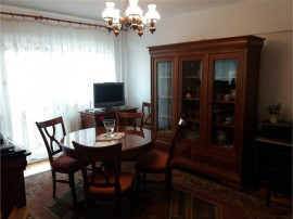 Faget- Apartament 3 camere decomandate