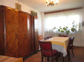 Apartament cu 4 camere, 1 Mai, în Insulă - Craiova, Dolj