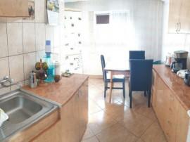 Apartament 3 camere,decomandat,cf.0,zona Tomis Nord-Penny Ma
