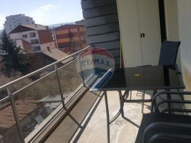 Apartament de inchiriat pe str. Decebal SU 65 mp cu teras...