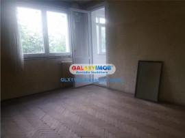 Apartament 4 camere semidecomandat, bloc H, et 3/4 ,Nicolae