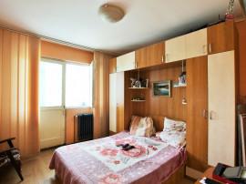 Apartament 3 camere decomandat, zona Alexandru- Piata Voievo