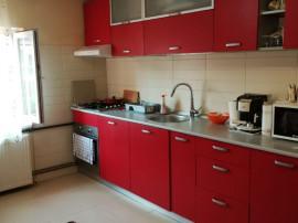 Apartament 90 mp, 4 camere recent renovat, langa City Mall