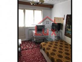 ID intern 3182 Apartament 3 camere, Strada Sabinelor