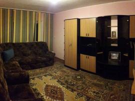 Inchiriez apartament zona dacia 2 camere