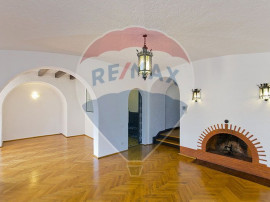 Duplex 7 camere/garaj-vila Aviatorilor-Kiseleff- rezident...
