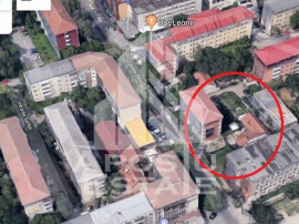 Casa cu garaj Suprafata teren 810 mp in Complexul Studentesc