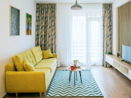 P.F inchiriez apartament lux 2 camere Rd. Pacurari- Rediu