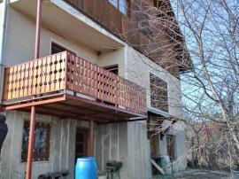Casa D+P+M in Breaza, an 1991, teren 1260 mp, ieftin !