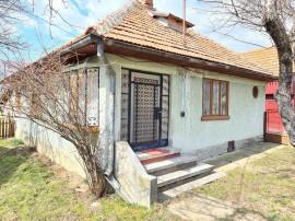 Casa in Valea Doftanei,3 camere,baie,bucatarie,teren 2400 mp