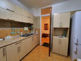 Apartament 3 Camere /Drumul Taberei . 2 Grupuri Sanitare