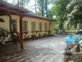 Pensiune 10 camere zona Campina, Prahova
