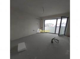 Apartament 2 camere, Semidecomandat, Zona Semicentrala