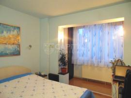 Apartament 2 camere decomandat, zona Universitatea Bogdan Vo