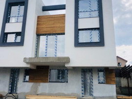 Casa CUBIC Village 3-strada SOARELUI asfaltata