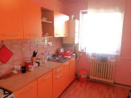 Apartament 3 camere dec. in Deva, zona Progresului, Enescu