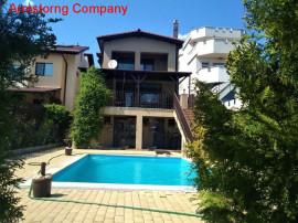 Inchiriere vila cu piscina Balotesti