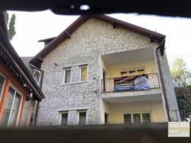 Casă cu etaj în cartierul Schei Brasov