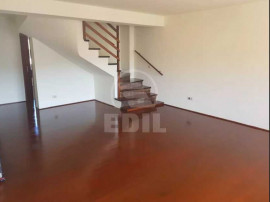 Apartament 4 camere de 130mp