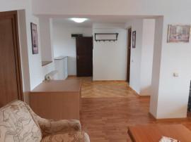 Apartament 3 camere, Bariera Bucuresti, acces piscină