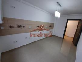 Apartament cu 2 camere la CHEIE pe C. Cisnadiei