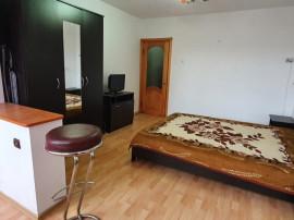 Apartament 3 camere zona Savenilor, etaj 3