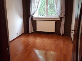 Inchiriez apartament 3 camere Letea