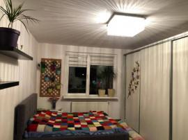 Apartament 3 camere zona Calea Bucuresti