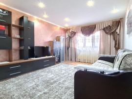 Apartament cu 3 camere de vânzare, Aleea Teilor - Tecuci