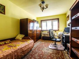 Apartament cu 3 camere, în Vlaicu