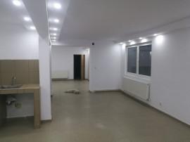 Inchiriez apartament 2 camere 86 mp in vila Bucurestii Noi