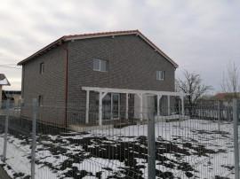 Casa tip duplex 4 camere, 2 bai, Cartier Izvor/ Tarlungeni