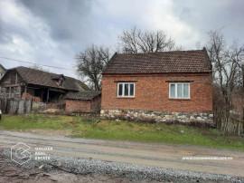 Casa 2 camere, localitatea Lalasint, teren 1917 mp
