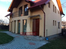 Casa/vila singur in curte 5 camere - zona Sacele