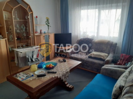 Apartament 3 camere renovat in Fagaras zona Unirii