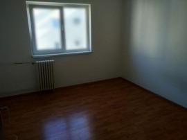 Apartament 3 camere Astra, decomandat, etajul 3, 76.500€