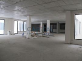 4 spatii comerciale semifinisate in Cluj Napoca