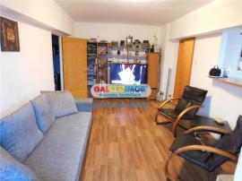 Apartament 2 camere bloc 1988 - Bulevardul 1 Decembrie - Pia
