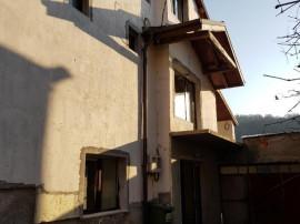 Casă Hunedoara-Chizid 5 Camere D+P+E+M 675mp la Gri