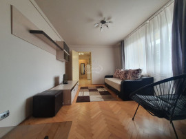 Apartament in zona linistita, langa Hotel Royal
