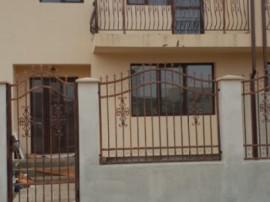 Casa tip duplex in magurele, 4 camere, strada asfaltata