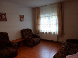 Apartament decomandat, 2 camere, et.intermediar-Racadau