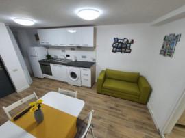 Parcul Carol | Apartament 2 Camere | Centrala Proprie | Loc